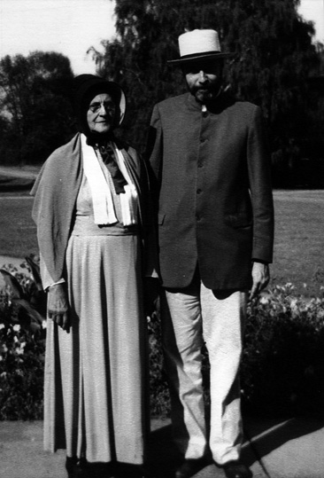 Ida Chamness and Kenneth Morse, Quaker Ministers, 1944